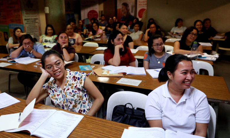 philippines offers nurses for vaccines 3 0FMAtRnow-trending