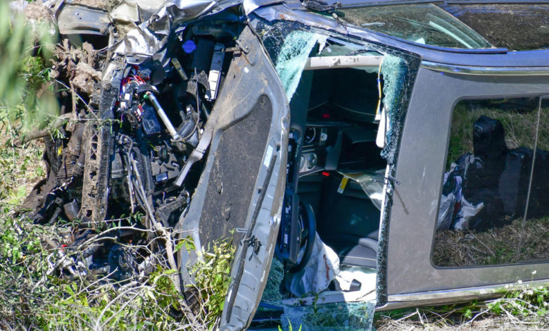 tiger woods car crash 4 8wvmTbnow-trending