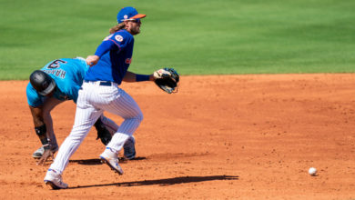 Jeff McNeil struggled at third base on Sunday. kMQ3OCnow-trending