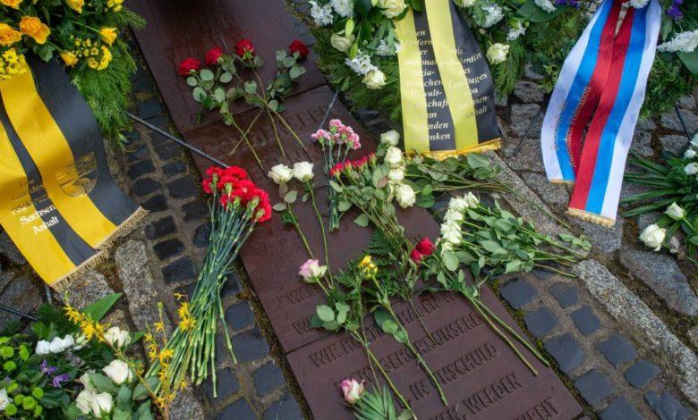 210125164232 01 file 2020 holocaust memorial day super 169 YUglwjnow-trending