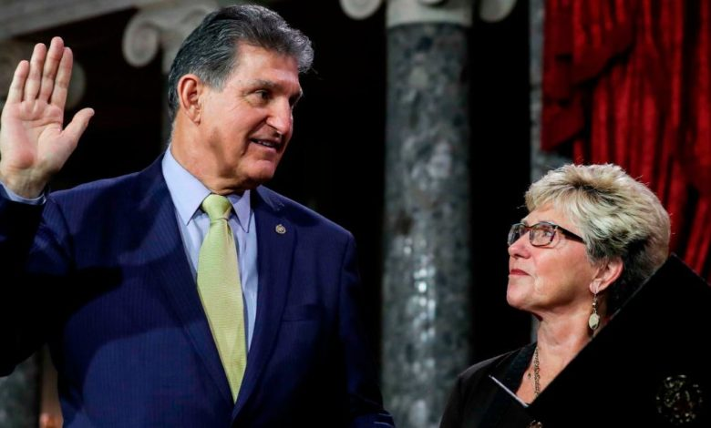 210326142919 joe and gayle manchin file 2019 super 169 L6cme7now-trending