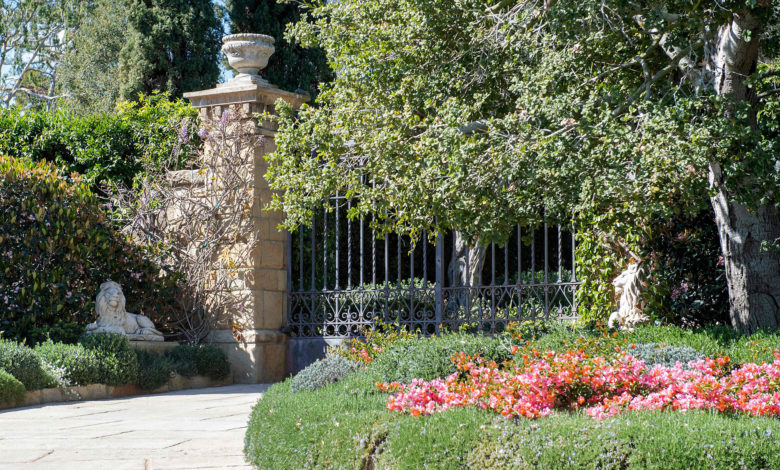 montecito home entrance 001 RcaFrVnow-trending
