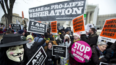 abortion protest latino aX4syPnow-trending
