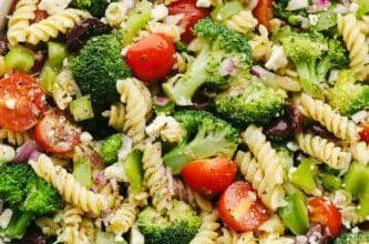 greekbroccolisalad 333x500 e8iAj1now-trending