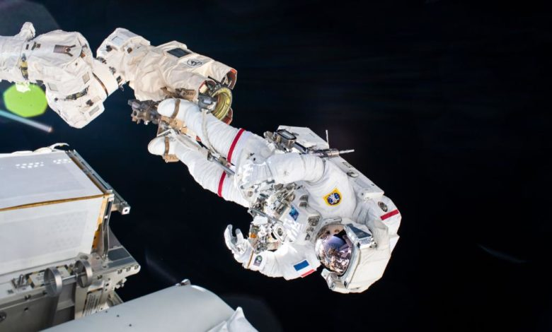 210622164600 01 iss kimbrough pesquet spacewalk super 169 lYB3iBnow-trending