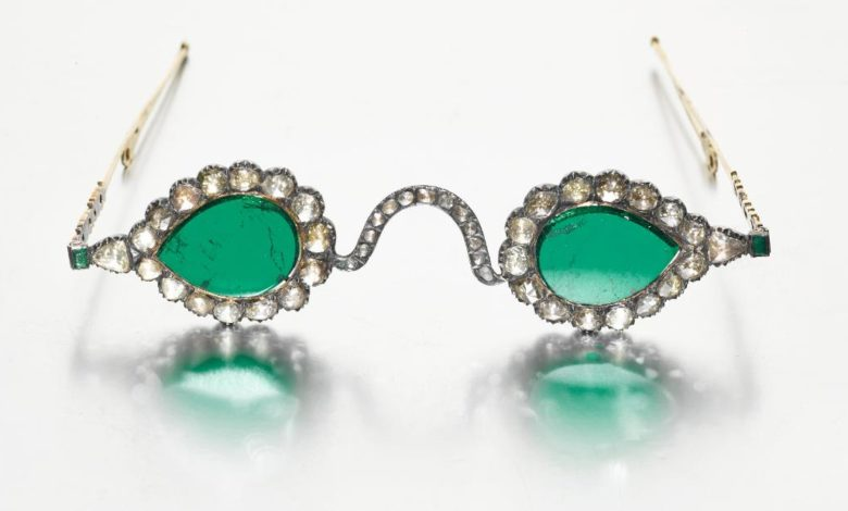 210902164518 02 mughal spectacles diamond emerald super 169 btualInow-trending
