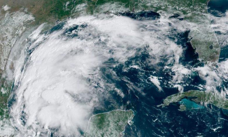 210913031247 tropical storm nicholas monday super 169 NnbcYQnow-trending