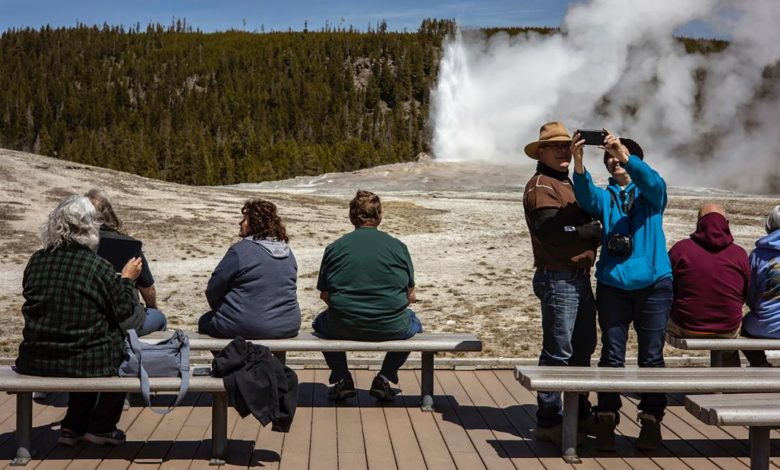 210914175842 yellowstone national park record visits super 169 D4YI9bnow-trending