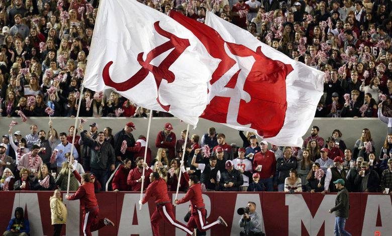 Alabama FB flag REUTERS 5Q05qmnow-trending