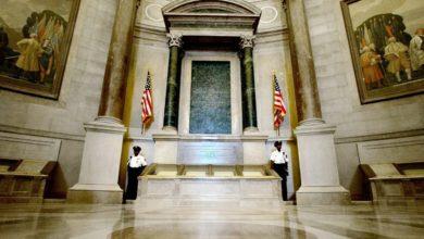 National Archives Rotunda e1624589843207 CK3549now-trending