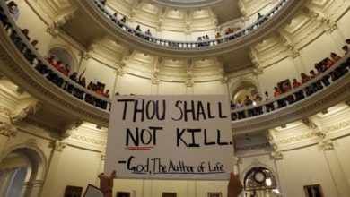 texas abortion cropped internal iMtTs5now-trending