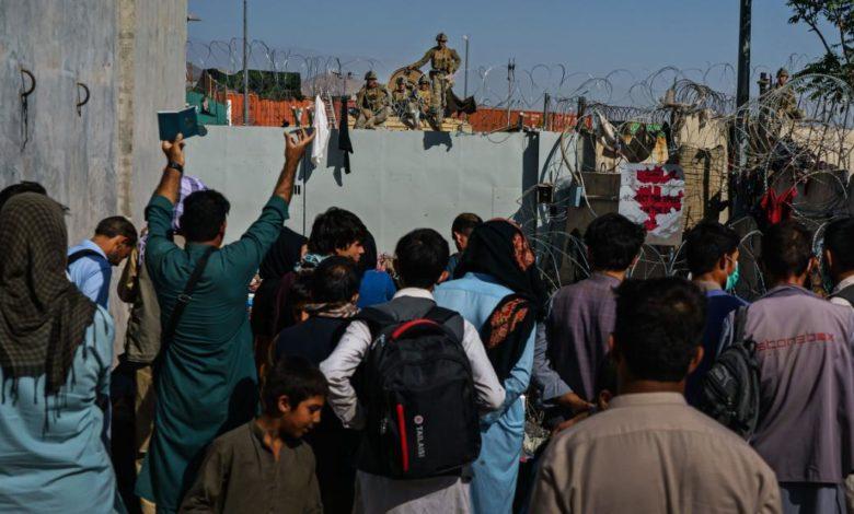 211014090042 01 afghanistan withdrawal kabul airport file 2021 super 169 rUTFqZnow-trending