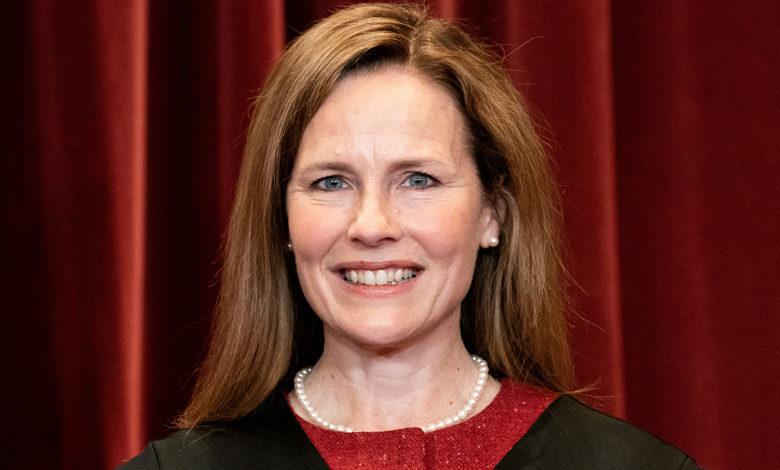 Supreme Court Justice Amy Coney Barrett tQ6cMJnow-trending