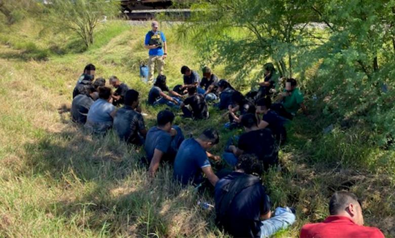 Texas Border Migrants oErSUQnow-trending